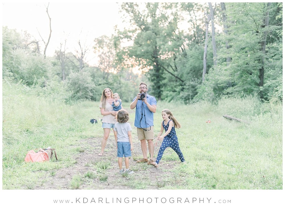 Central-IL-family-photographer-Champaign-County-Bloomington-McLean-outdoor-photo-session_0019.jpg