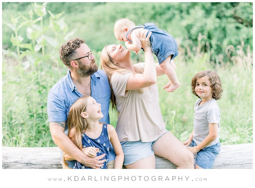 Central-IL-family-photographer-Champaign-County-Bloomington-McLean-outdoor-photo-session_0013.jpg