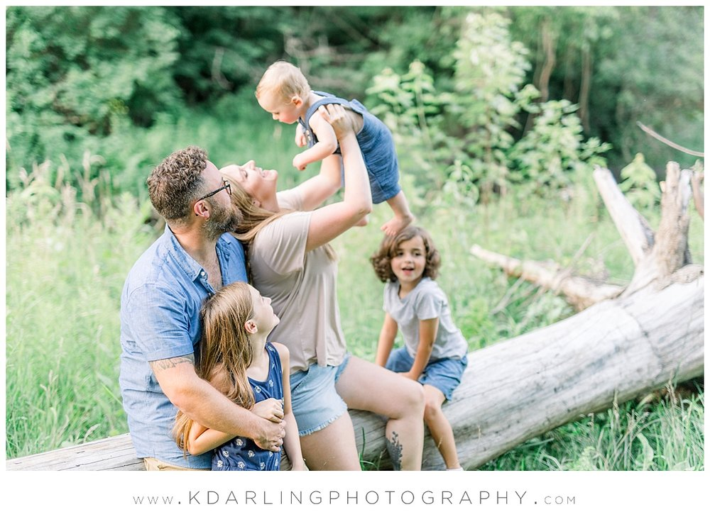 Central-IL-family-photographer-Champaign-County-Bloomington-McLean-outdoor-photo-session_0011.jpg