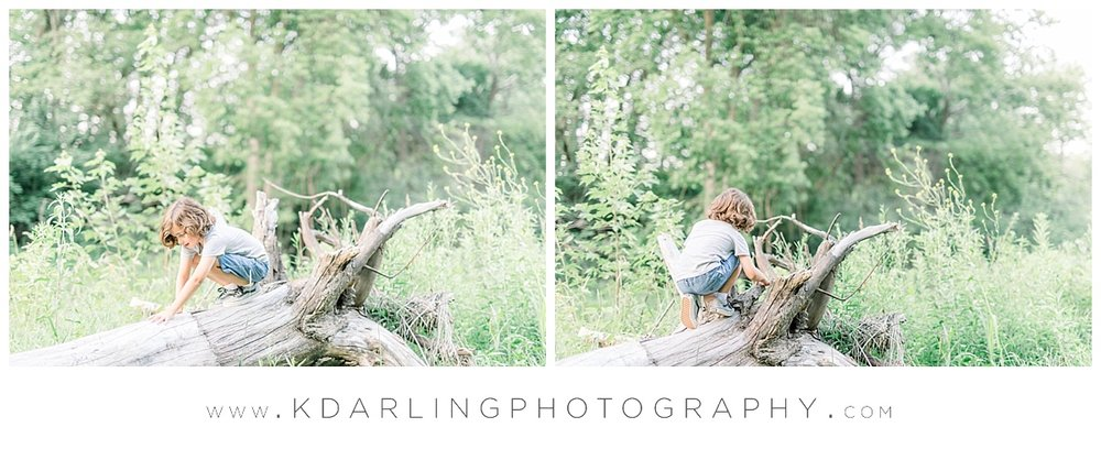 Central-IL-family-photographer-Champaign-County-Bloomington-McLean-outdoor-photo-session_0010.jpg
