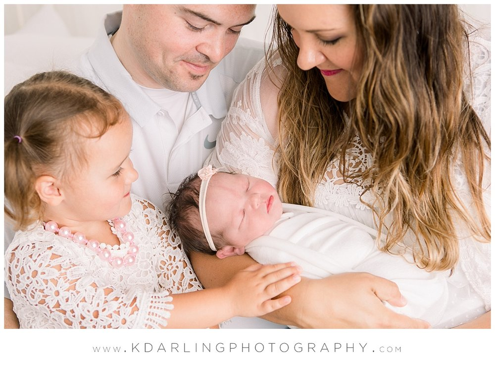 Central-illinois-Photographer-newborn-family-fisher-champaign-county_0402.jpg