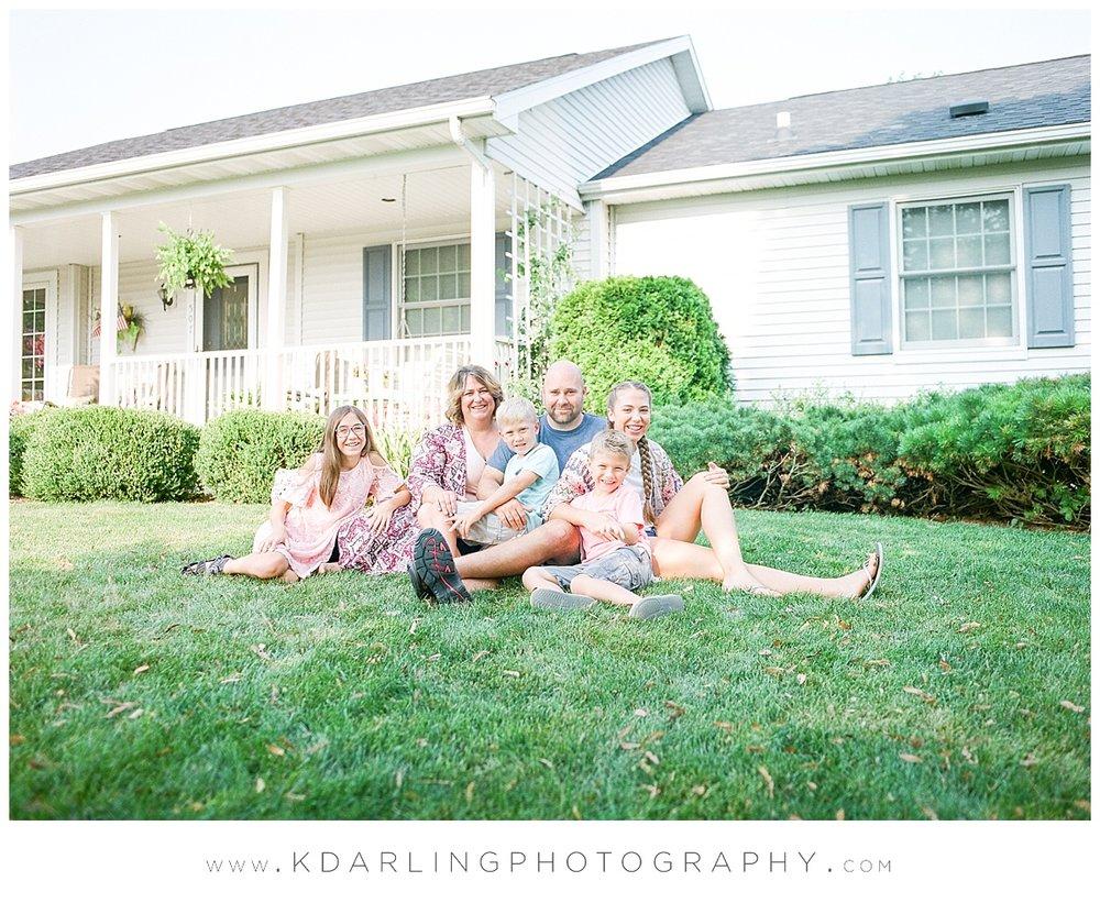 Central-illinois-Photographer-family-film-photography-Cissna-Park-mamiya-fuji-front-porch-session_0423.jpg