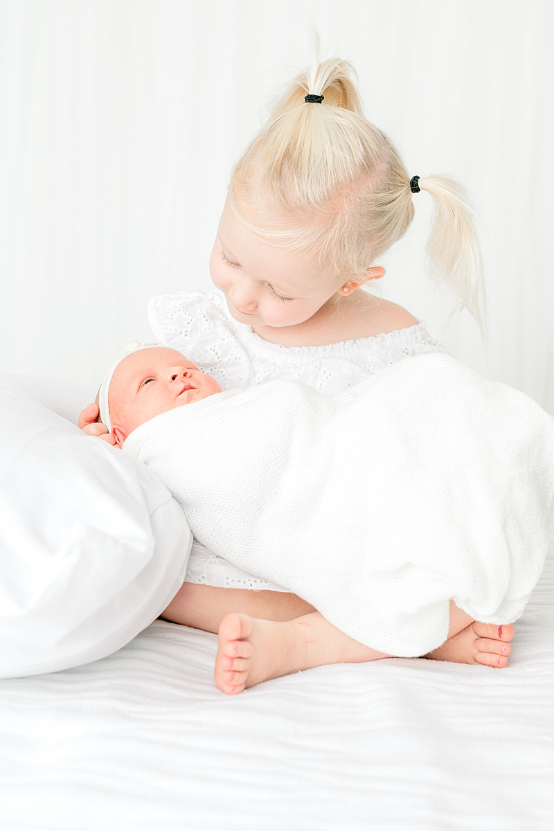 Newborn-baby-child-family-Photography-Champaign-County-Illinois-film-photographer-fuji_0025.jpg