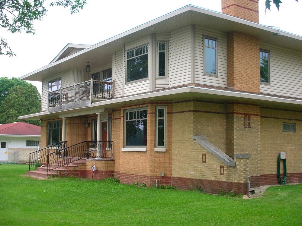 Rockford - Modern Revival
