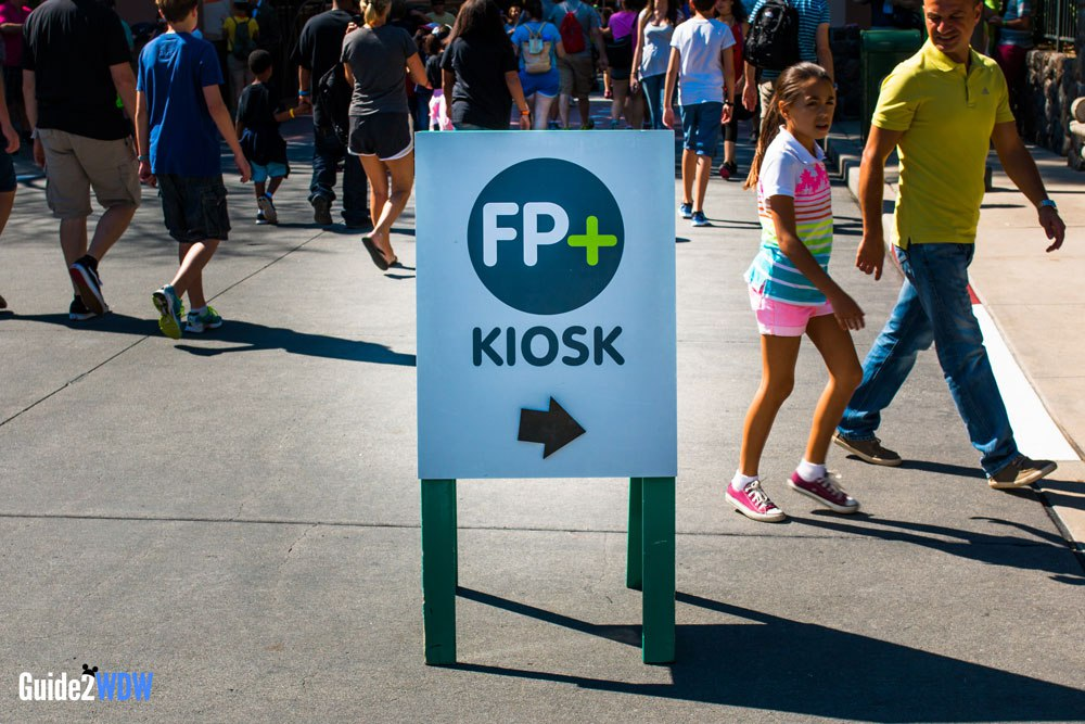 FastPass-Kiosk-Disney-World-Guide2WDW-1.jpg