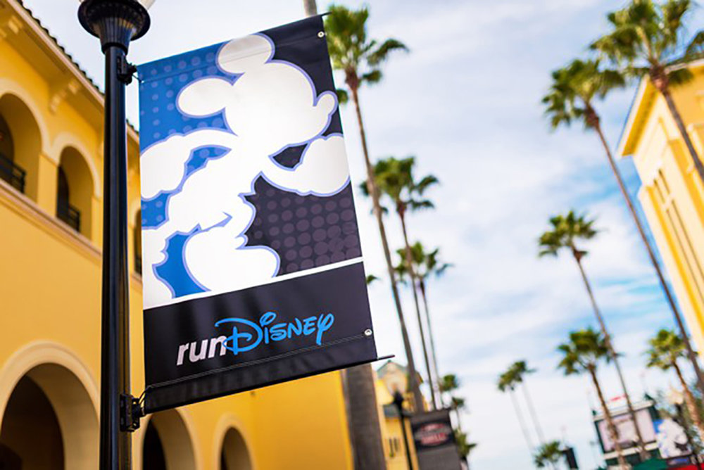 rundisney-sign-walt-disney-world-marathon.jpg