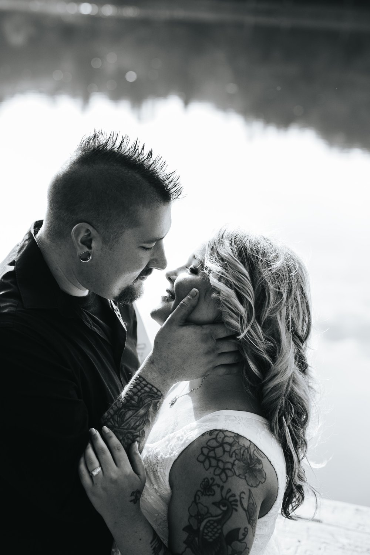 Sarah_Travis_Engaged-17.jpg