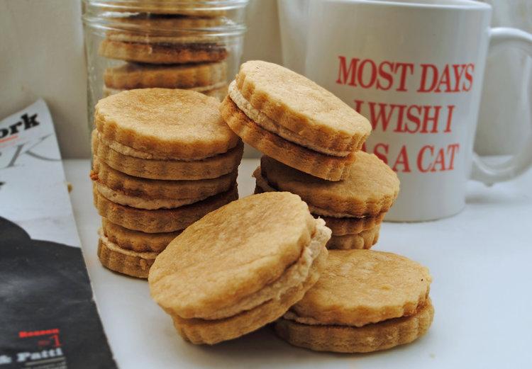 Maple Cream Sandwich Cookies