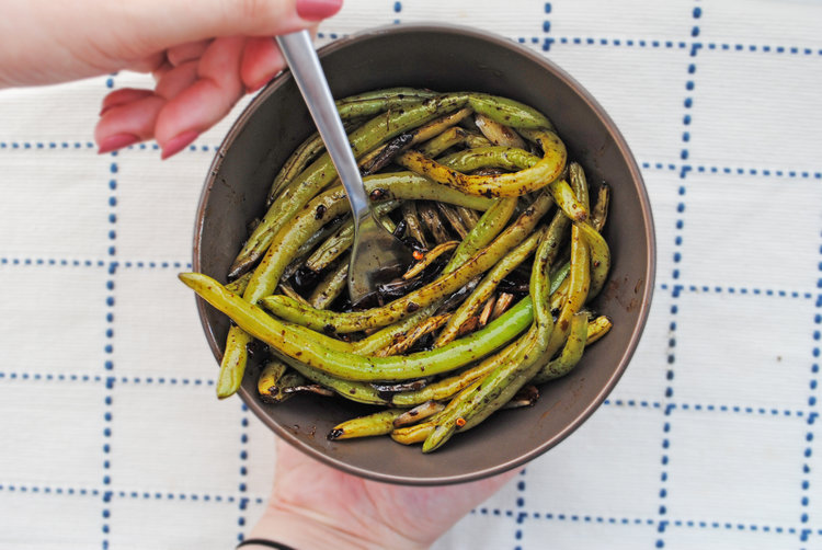 Balsamic Green Beans with Lemon + Garlic