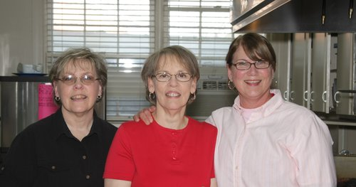 Cafeteria  Sherry Vance, Arlene Dreher, Carolyn Hobbs