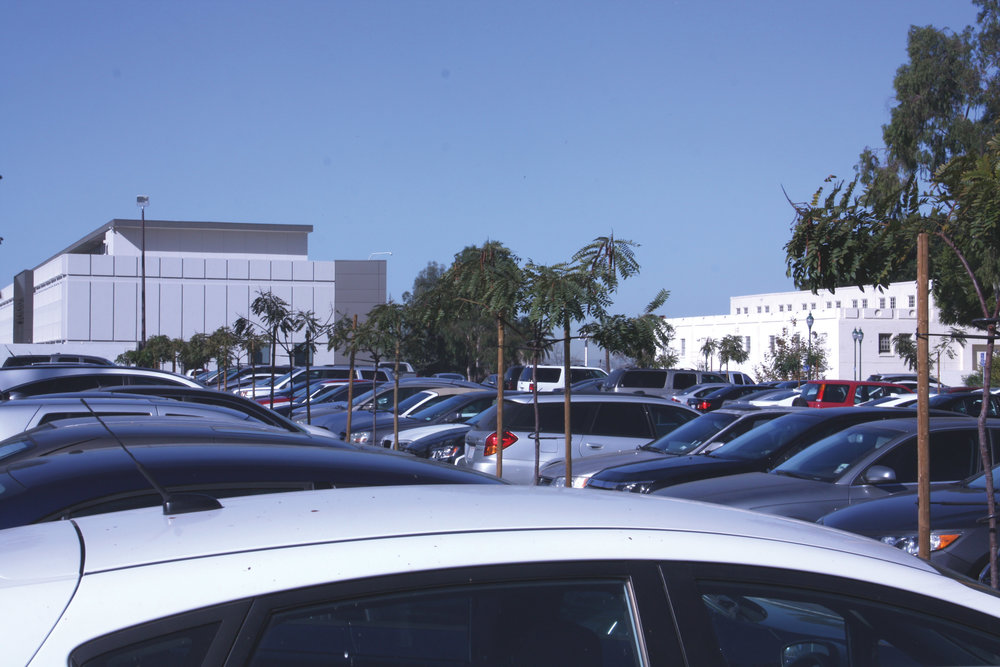 The Ampitheatre parking lot has filled up with both commuters and residential students.