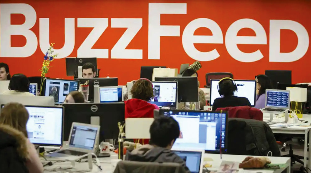 The Buzzfeed news room refuses to rest.  COURTESY OF  DAILY BEAST