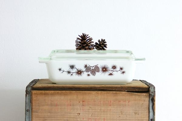 vintage_pyrex_golden_pine_cone_casserole_dish_4_1024x1024.jpg
