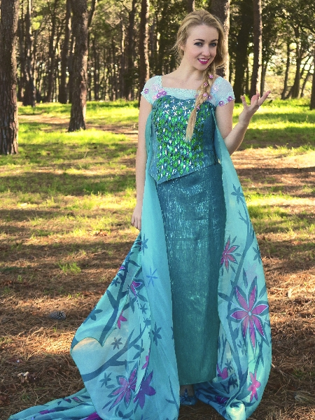 Queen Elsa, Frozen (Fever costume)