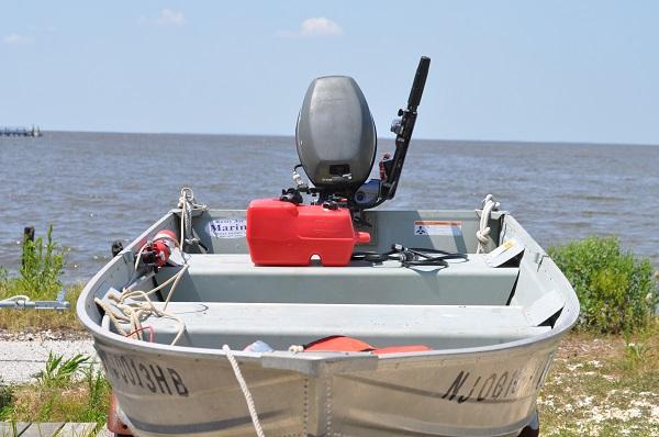 rental boat.jpg