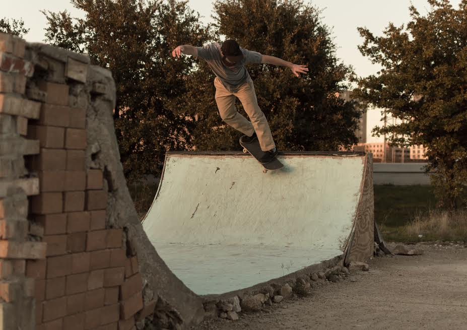 "Coyt Caffey // Bs Smith on the ""not-so-crusty"" half. Photo: Timothy Alsbrooks"