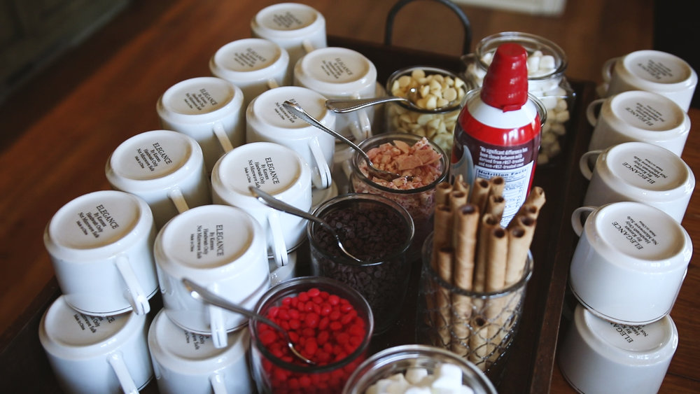 home-wedding-hot-chocolate-bar