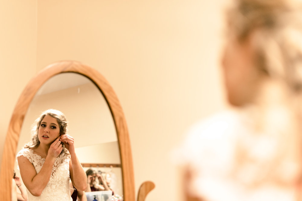 wedding details, bride, wedding videographer