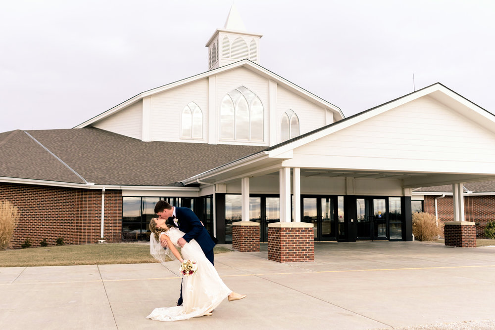 dip kiss, church, wedding videographer