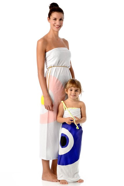 evil-eye-matching-style-mother-daughter-beachwear2.jpg