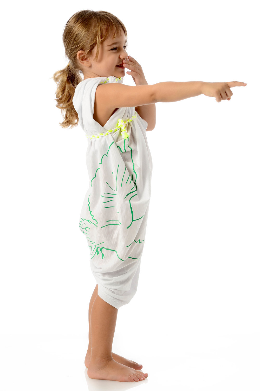 doves-kids-green-on-white-cotton-wrap-on-one-shoulder-side.jpg