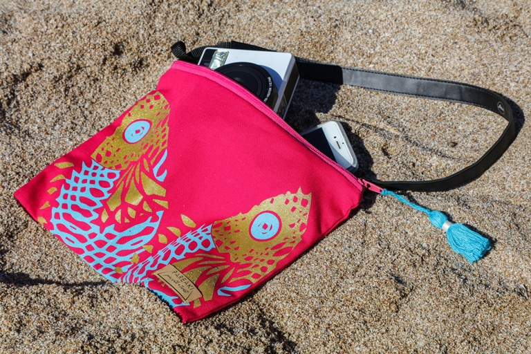 pareaki-clucth-bag-waterproff-summer-2018-fashion.jpg