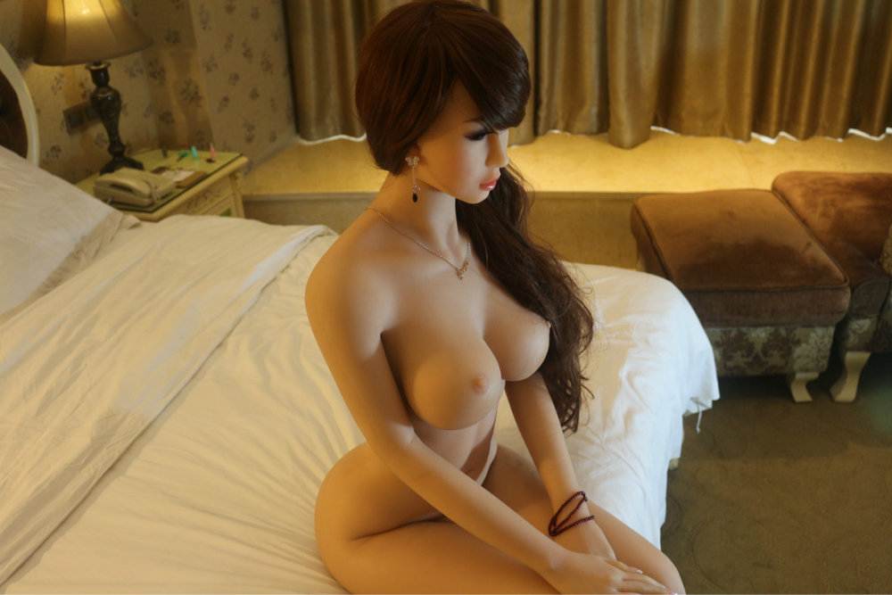 luxury-sex-doll-asian-brunette-148cm