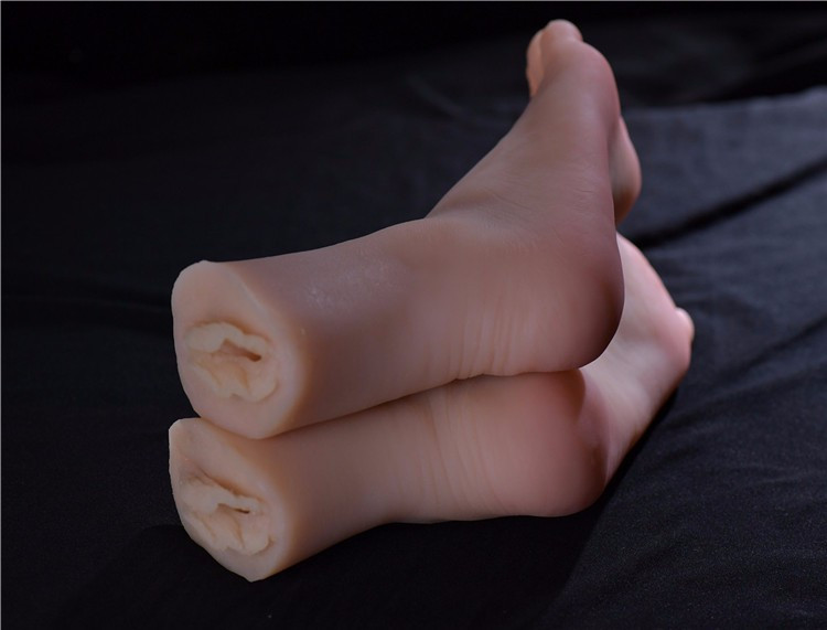 foot-worship-slave-tickle-sex-toy-silicone