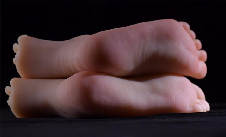 feet-bondage-female-sex-toy