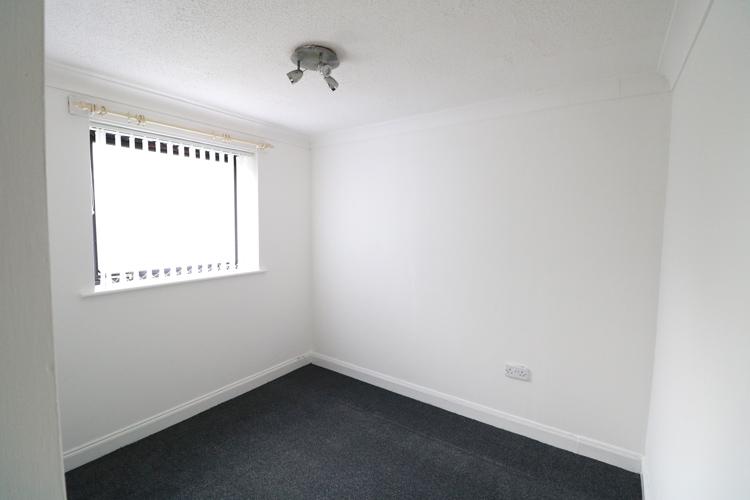 denhead-bedroom-1.jpg