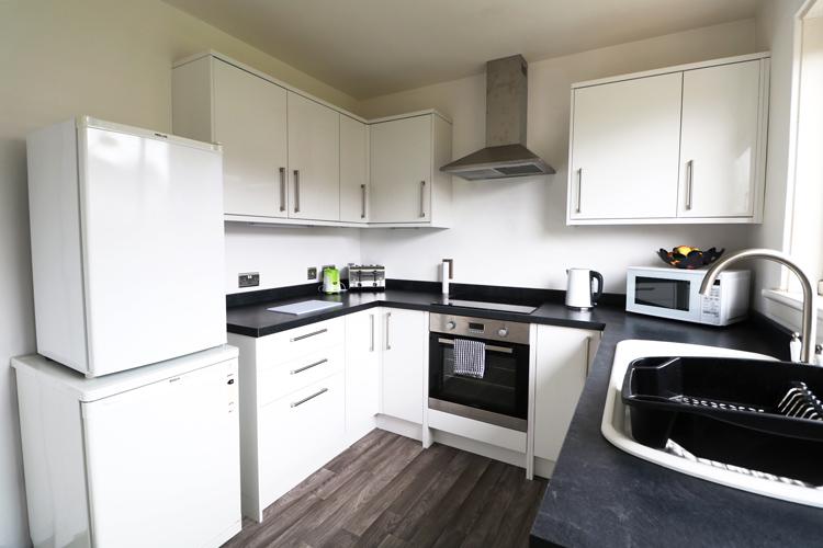 ceres-crescent-kitchen.jpg