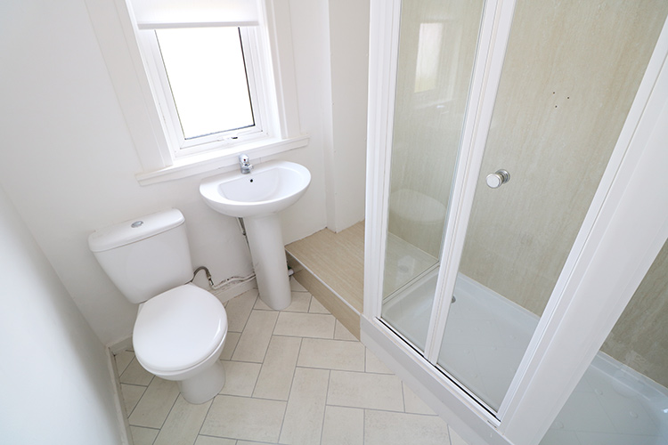 gardner-st-bathroom.jpg