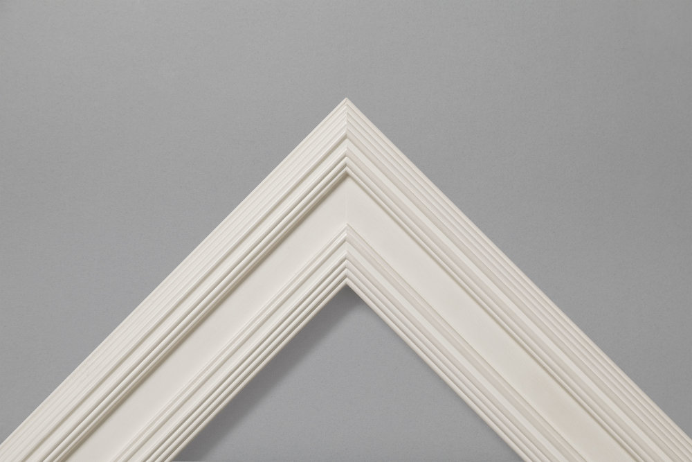 White gesso ribbed outer channel and ribbed sight