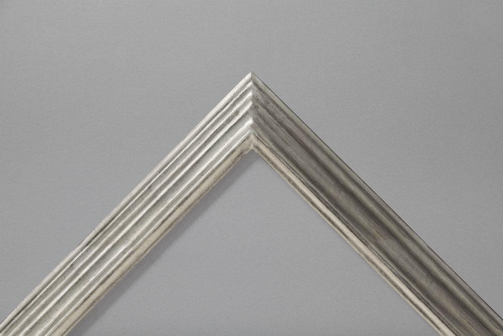 Silver leaf MG reverse step