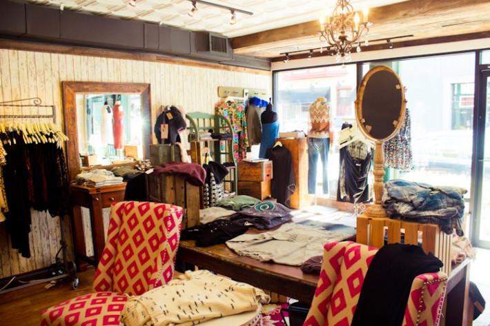Get The U0027RHONJu0027 Look: Teresa Giudice And Kathy Wakileu0027s Favorite Boutique  Is Robinu0027s Closet In Boonton