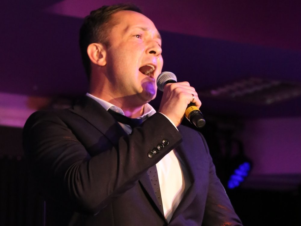 james-wedding-singer-01.jpg