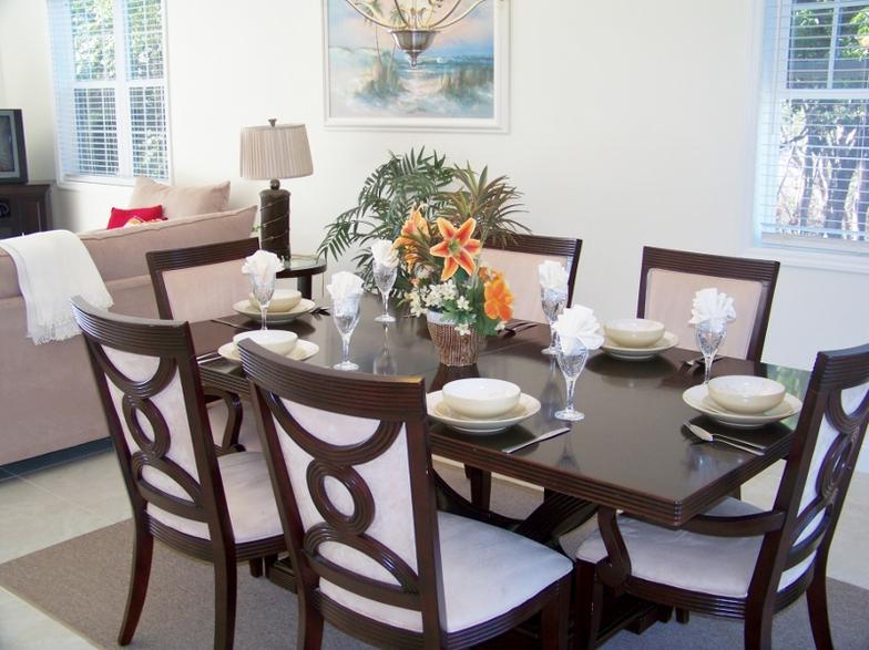 DINING_AREA_COTTAGE__1.jpg