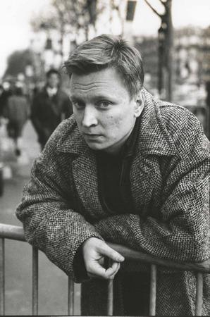 En ung och (kanske inte så) oskyldig Stig Larsson.