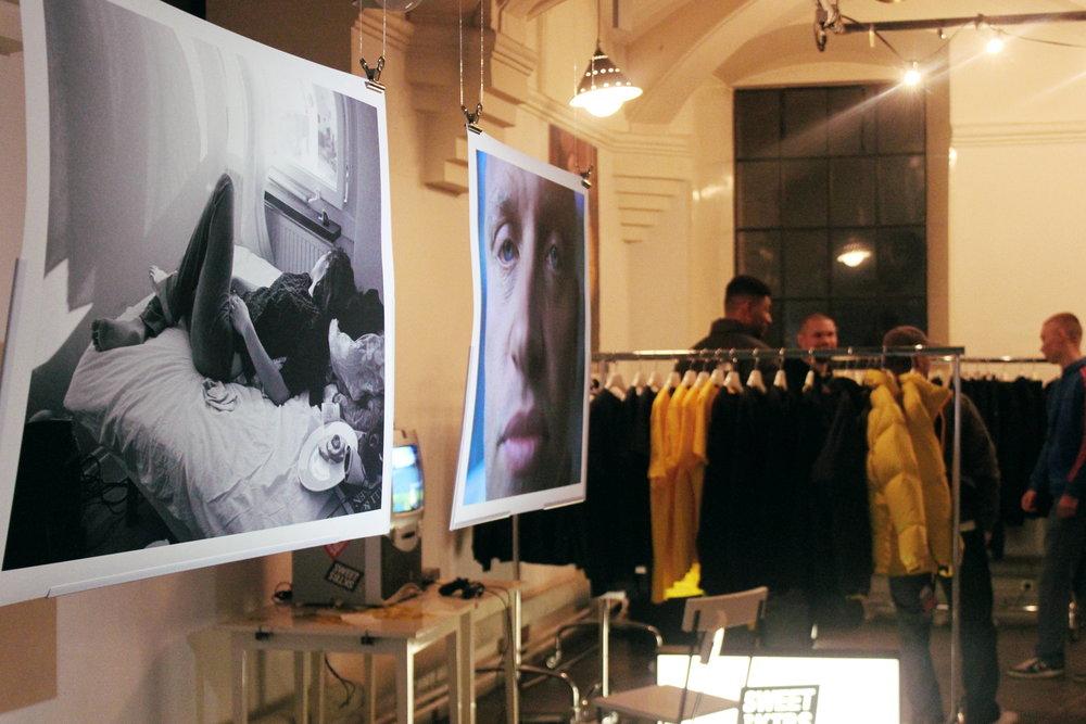 Utställning och något märke (jag var ouppmärksam för att uppfatta) som sålde kläder på plats!
