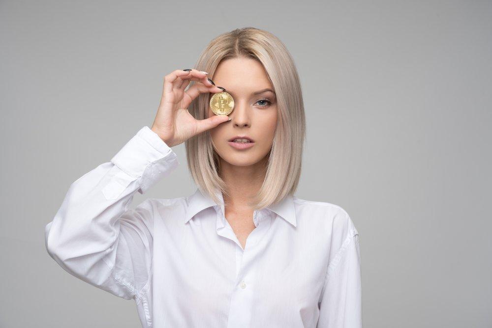 adult-bitcoin-blond-1037914.jpg