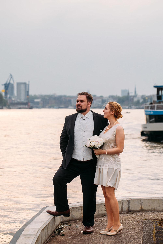 Hochzeit Hamburg Hafen Elbphilamonie Elli Fotograf_Web_0004.jpg