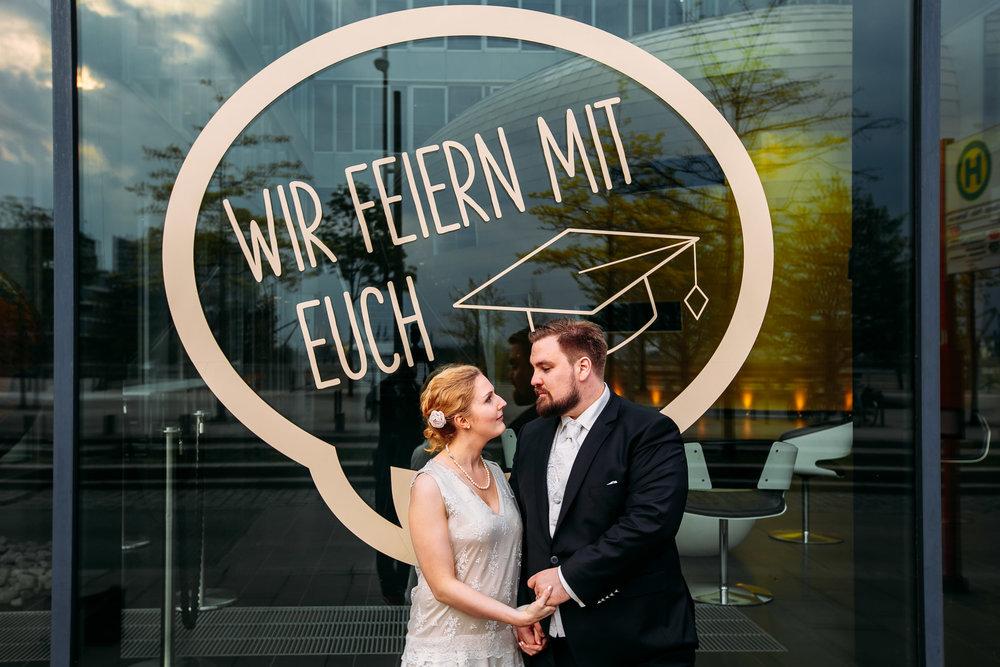 Hochzeit Hamburg Hafen Elbphilamonie Elli Fotograf_Web_0005.jpg
