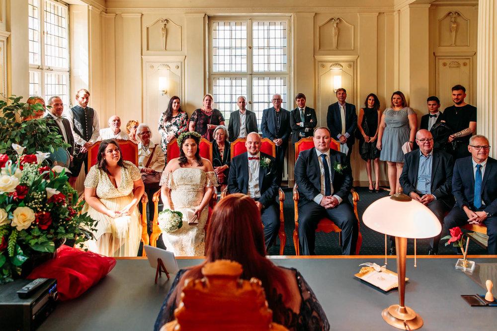 180825_Hochzeit_Berlin_Wannsee_Almhuette_Loretta_web_0003.jpg
