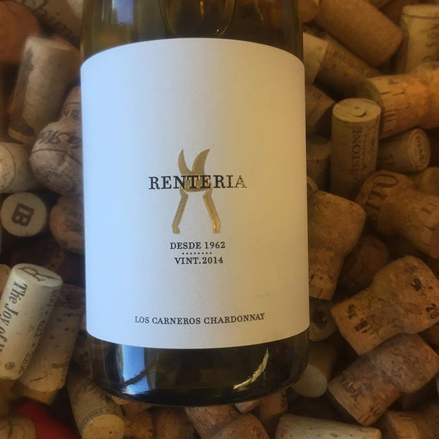 """#wineoftheweek #renteria #chardonnay ****10% OFF through 9/30**** 🍇 😋 """"Blended from two fantastic  vineyards, Brown Ranch & Vella Vineyard, only 426 cases were made in 2014. 100% MLF, the wine saw just 25% new French oak. Bright, fresh citrus, white peach and tropical fruit flavors flow seamlessly through a round, rich mid-palate while a dusty minerality and delicate perfume of honeysuckle carry on through the lingering finish."""""""