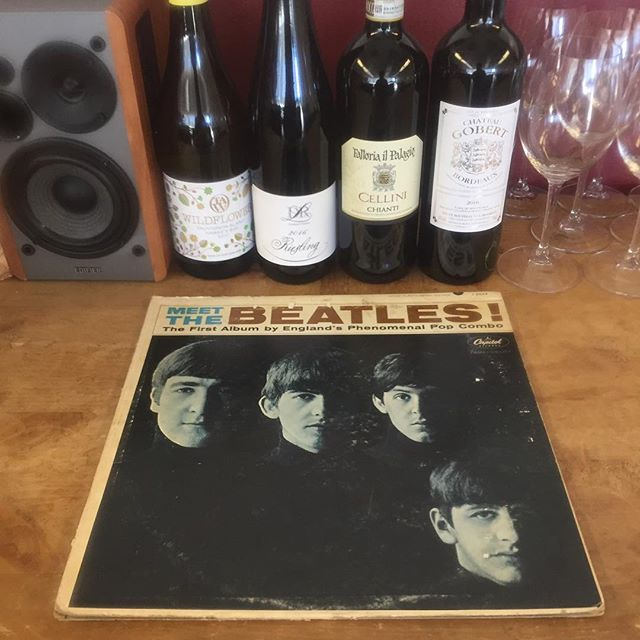 It's Rocktober, October & #vinoandvinyl 🎶 🏒 ⛰ ⚾️ @citywinedenver 3-7PM this afternoon/evening! Meet the Beatles, taste some spooky scary great value vino 🍷 👍🏻 and run 🏃🏼♀️ 🏃🏽 tell a friend, it's FREE!!!