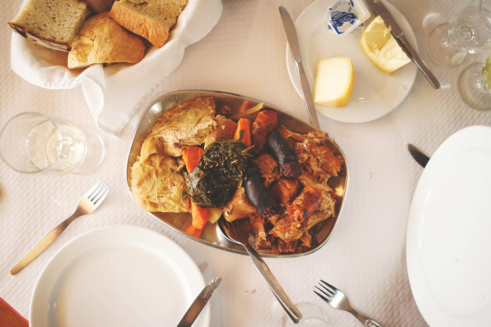 Restaurante-Tonys-Furnas-Azores-001.jpg