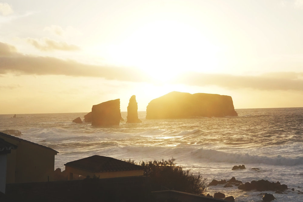 Mosteiros-Azores-002.jpg