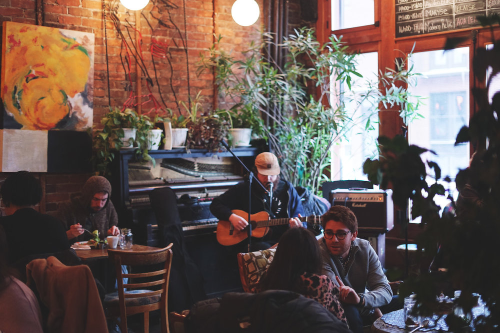 Local, live music performances at Le Dépanneur Café on a cold, Saturday afternoon.