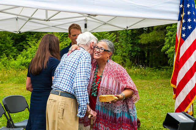 Former U.S. Sen. John Warner embraces Rappahannock Tribe Chief G. Anne Richardson                 Photo:Peter Turcik/Chesapeake Conservancy