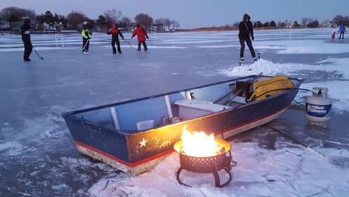 Ice hockey on the frozen Little Magothy River (skate at your own risk). Photo by Andy Harden.